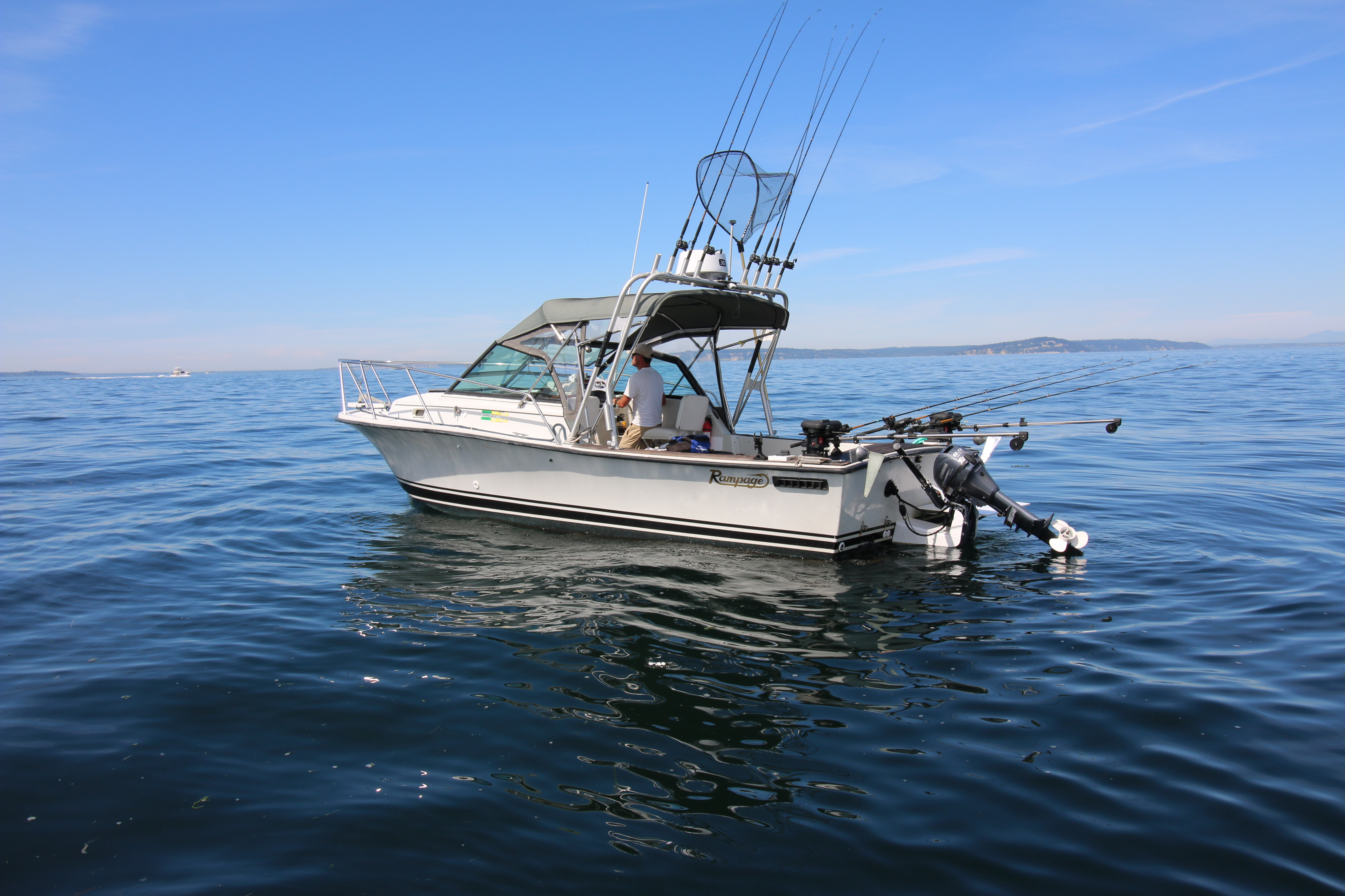 24 39 rampage ripple seas adventure charters for Seattle fishing charters